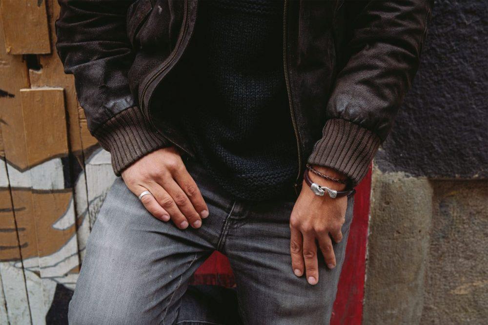 pulsera de zamak pulsera de cuero pulsera de hombre pulsera de moda hecho a mano brazalete de piel de serpiente pulsera de serpiente blanca complementos de hombre regalo perfecto regalo original navidad dia del padre artesania de lujo