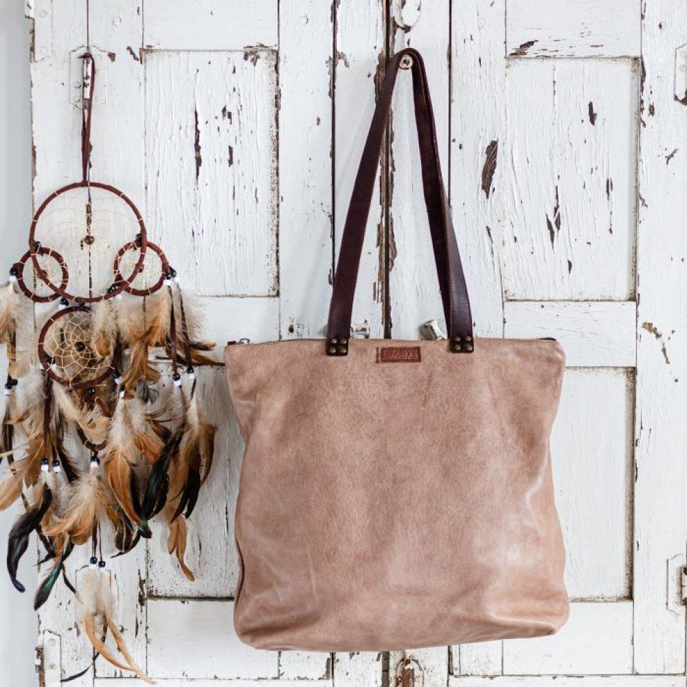 bolso tote hecho a mano, bolso grande para mujer de color marron y con cremallera, bolso estilo boho, bolso bohemio de moda, bolso de cuero español