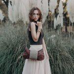 bolso artesanal piel boho, bolso de piel marron, bandolera de piel vintage hecha en españa (1)