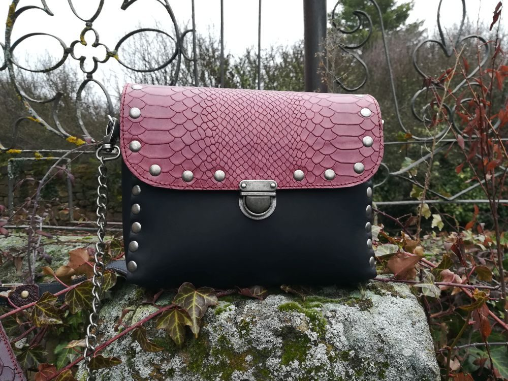 bolso artesano cuadrado negro bolso de piel artesanal leonikapiel leonika (4)