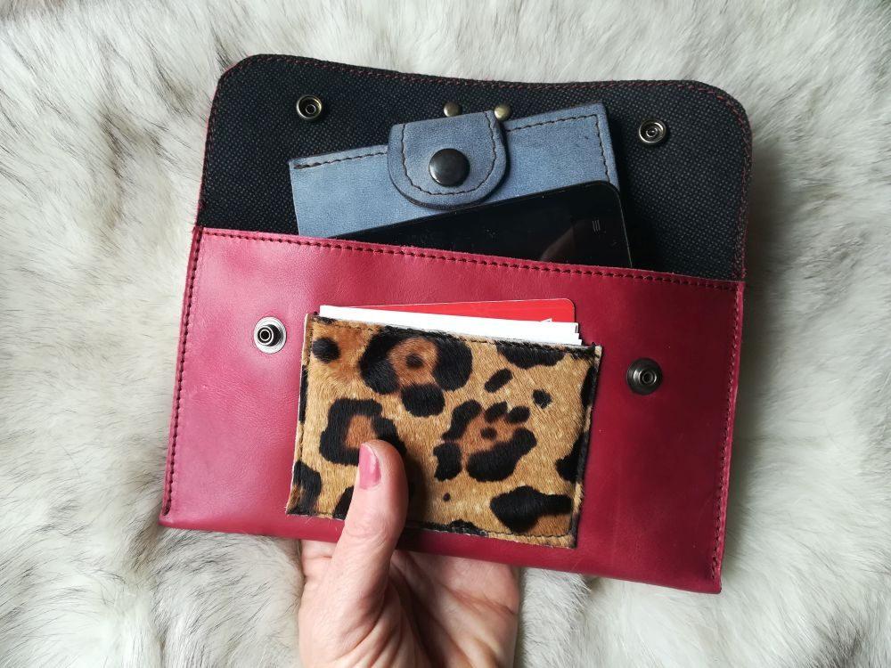 Monedero Artesanal de Piel, Cartera de Piel rojo leopardo Colores Leonikapiel, Monedero Artesano de Cuero de Moda para Mujer Leonika Piel